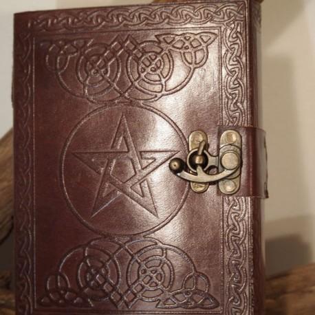Carnet en cuir - Pentagramme - à crochet