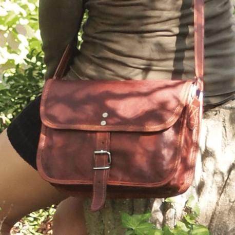 sac à main cuir- femme- bandoulière-une boucle- M
