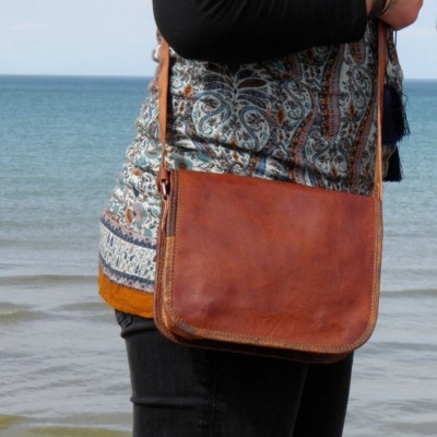 Small messenger style handbag.