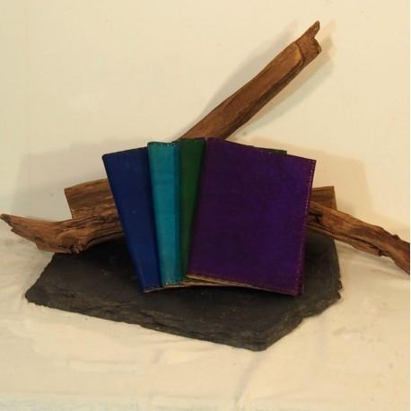 Couvre-livre en cuir coloré - Protège cahier