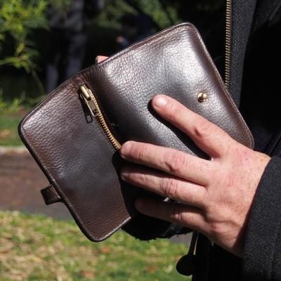Porte-feuilles en cuir - Porte-passeport