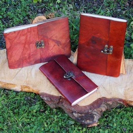 Grand calepin en cuir marron - Crochet