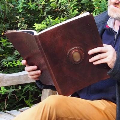 Grand carnet en cuir, frappé, pierre, XXL