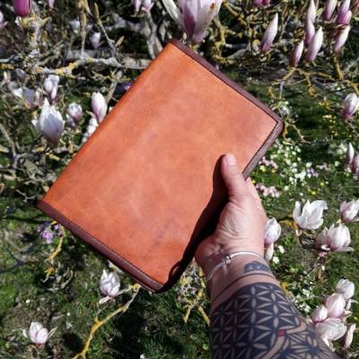 Couvre-livre / Protège agenda en cuir A5