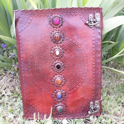 Grand carnet en cuir 7 Pierres - Chakras